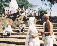 Ганди (1982)