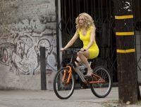 Блондинка в эфире (2014)